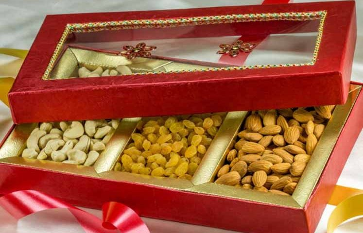 Buy Dry Fruits Gift Boxes from India`s leading online store- healthy master
